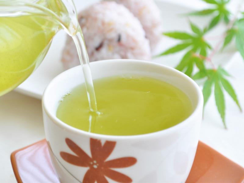 緑茶の成分に、糖尿病(血糖値増加)の予防効果がある理由の一端を解明した東北大と同志社大の共同研究が話題になっています