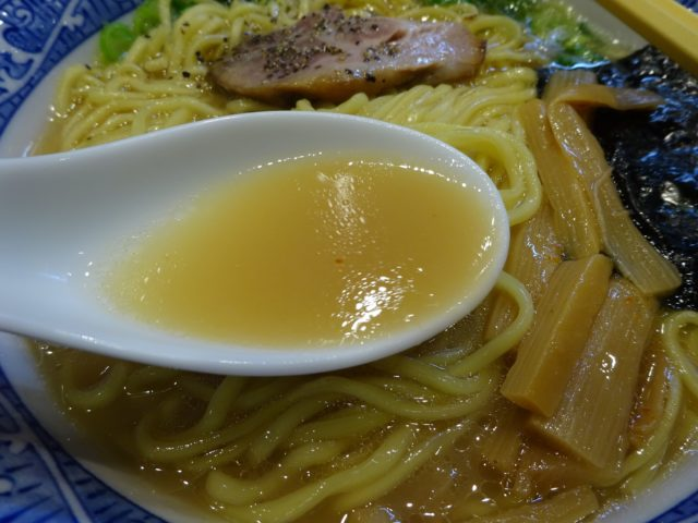 中華そば青葉のスープ