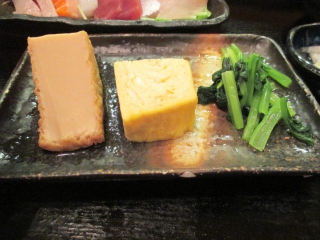 卵焼き、厚揚げ、小松菜