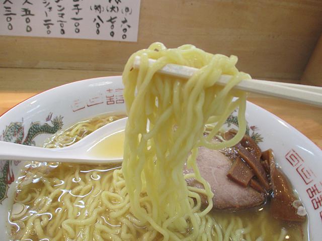 『中華そばさとう』(穴守稲荷)昭和なシンプルさと丁寧な味わい
