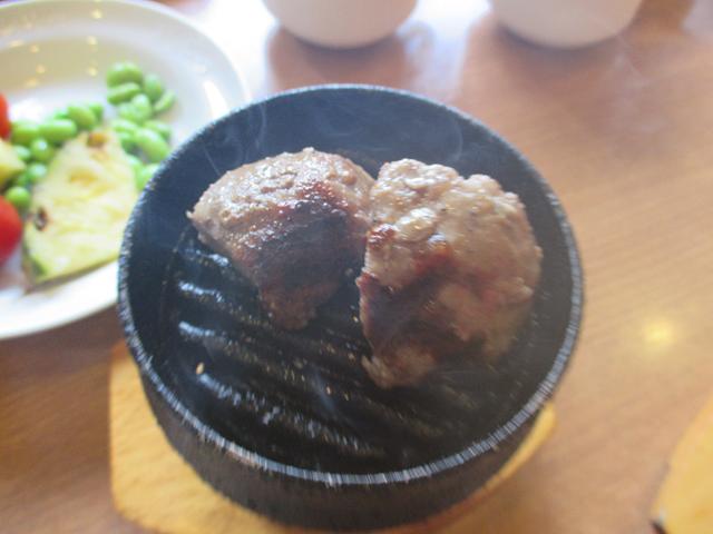 ビッグボーイ大森駅前店(大田区大森北)は牛肉100%の肉を提供するステーキ・ハンバーグのファミリーレストラン