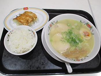 鶏白湯(パイタン)ラーメン