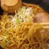 壱鵠堂環八糀谷店(東京都大田区糀谷)は横浜発祥の赤味噌白味噌と2通りの味噌ラーメンを提供してテーブル席もある
