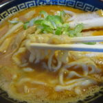 東京煮干中華そば三三七大森(さんさんなな、大田区山王)濃厚ダブルスープにもかかわらず洗練されたマイルドな味わい
