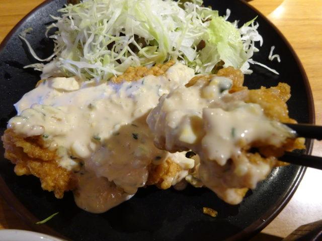 丼やたつみ(大田区西糀谷)はメガ盛り豚鶏肉料理の定食・丼・弁当の店でネットでも人気注目は宮崎名産チキン南蛮定食