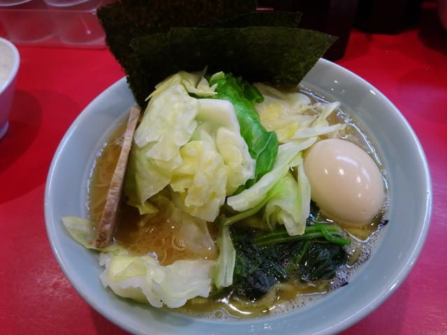 横浜家系ラーメン志田家蒲田店の特製ラーメン