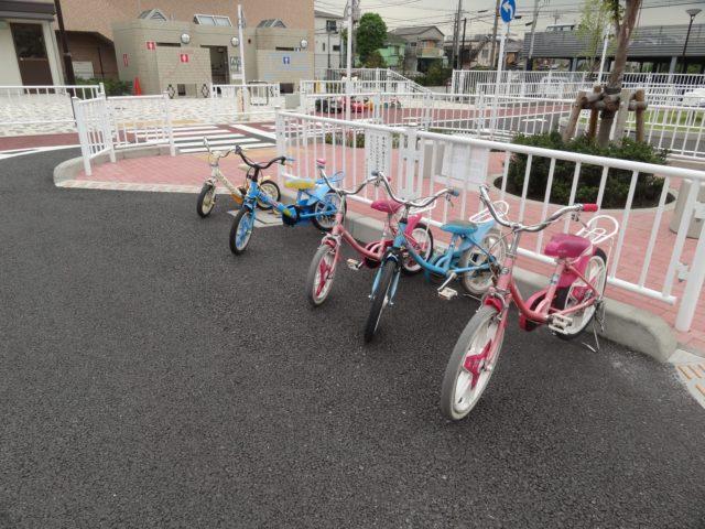 子ども用自転車や三輪車、豆自動車無償貸与