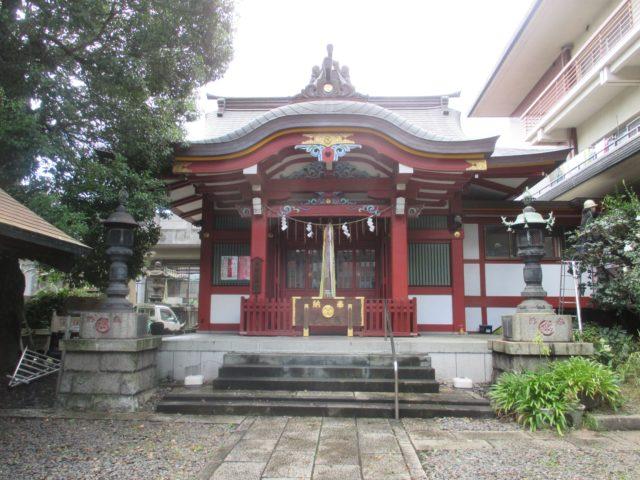 大森神社(大田区大森北)は神社の起こりが安土桃山時代漂着した金色に輝く阿弥陀像で木の神である久久能智命が御祭神