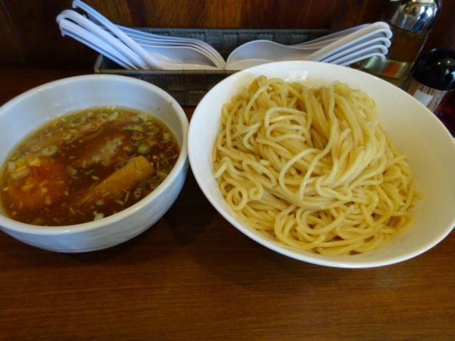 麺家彩華のつけ麺(醤油)