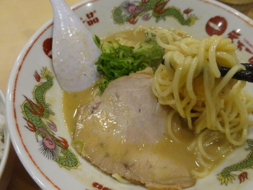 天下一品蒲田店(大田区西蒲田)はこってり鶏ガラスープが特徴の天下一品ラーメンでランチタイムは小丼付きセットメニュー