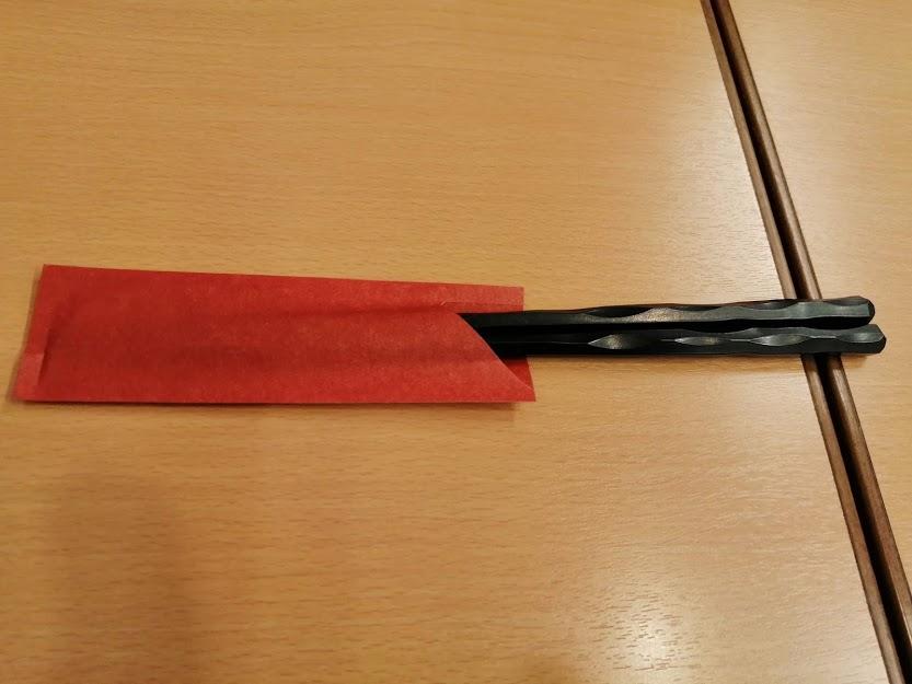 箸は洗い箸でエコ仕様