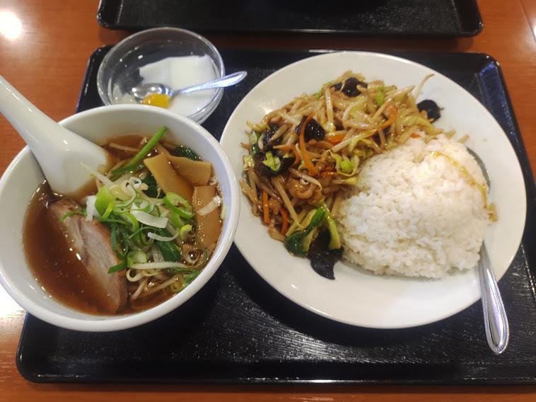 肉野菜丼+半ラーメン