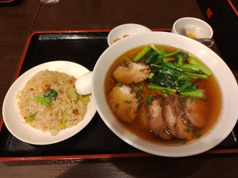 健康中華庵煌記のチャーシュータンメン+半チャーハン
