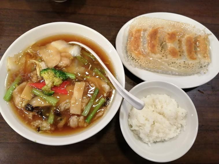 五目あんかけ麺・餃子ライス付き